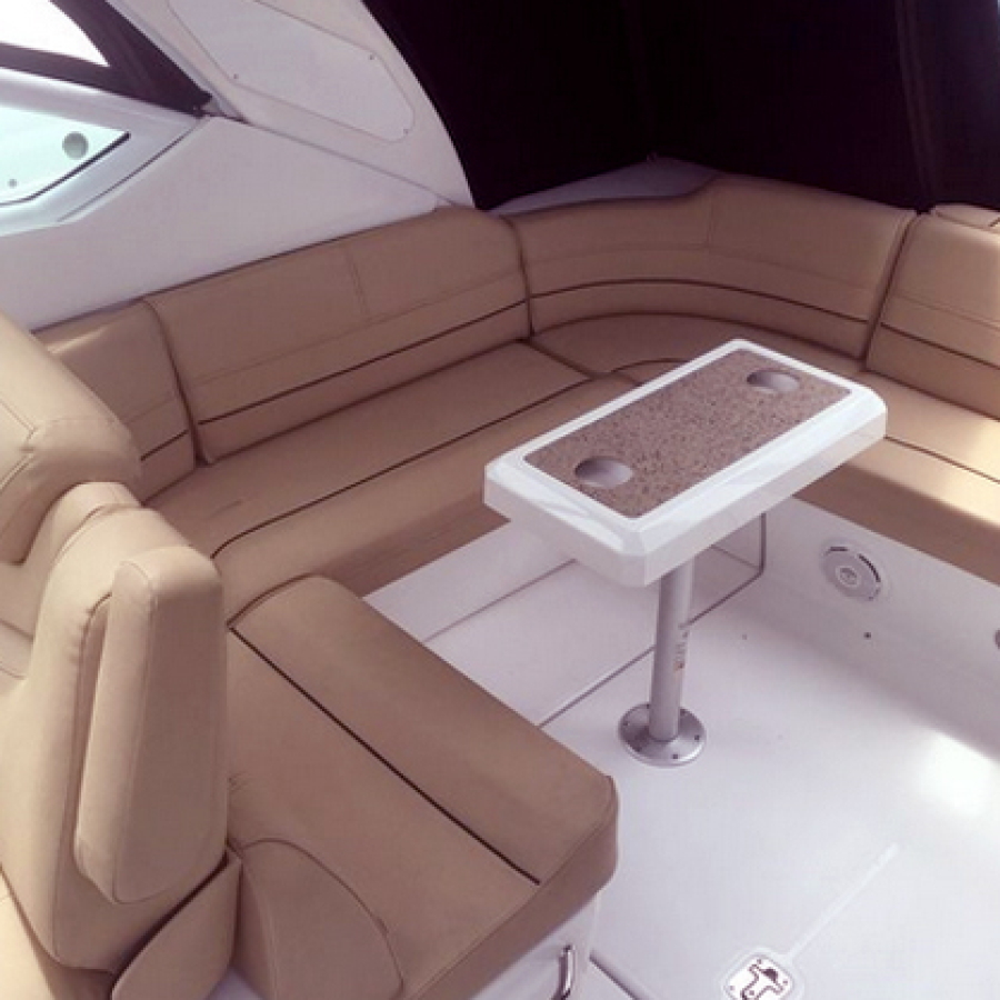 2013 Cruisers 380 Express Aft Seating