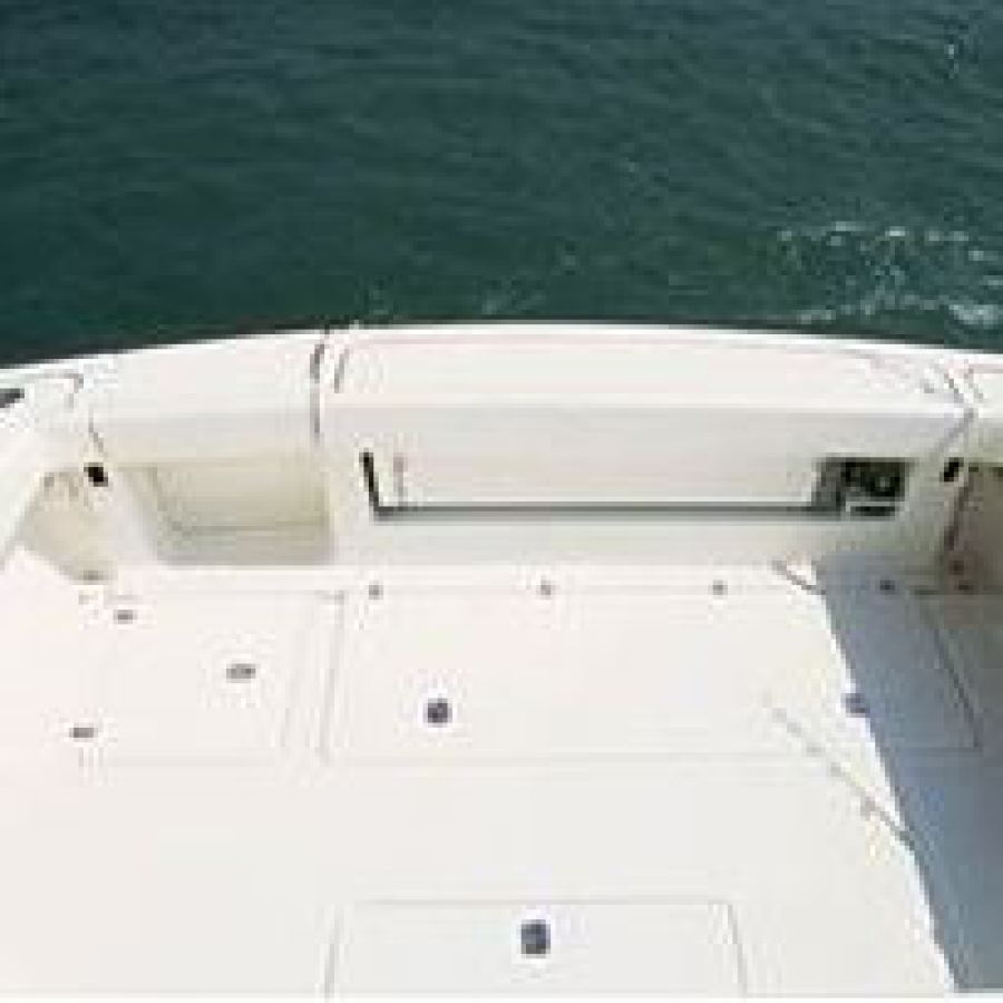 2002 Pursuit 3800 Offshore Deck