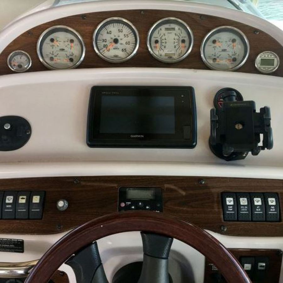 2007 Chaparral 290 Signature Helm