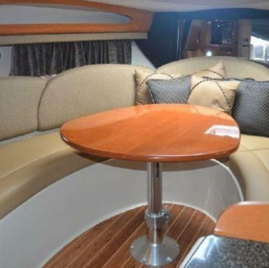 2007 Chaparral 290 Signature Forward Cabin